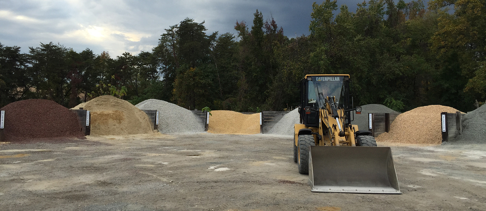 Rock Sand and Stone Yard (RSSY) Northern VA | Call RSSY for
