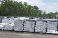 The perfect solution for small to medium areas to mulch.  Comes in 3 colors.